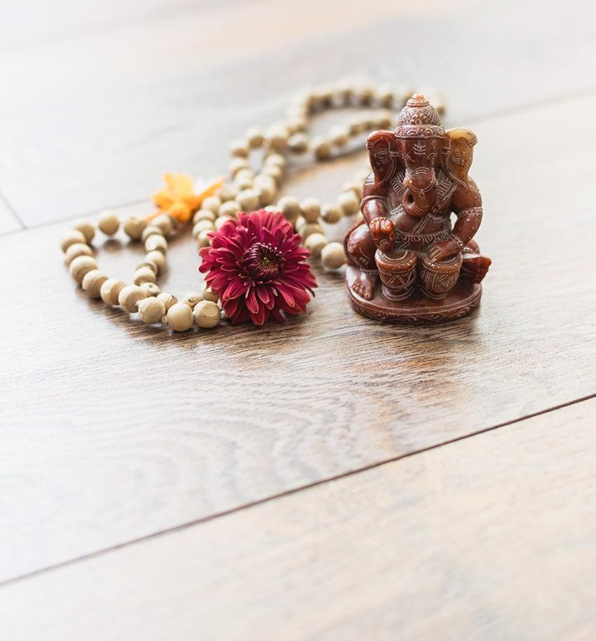 Meditation Mala und Ganesha