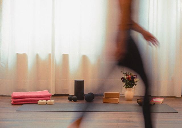 Yoga Ritual von der Matte weggehen
